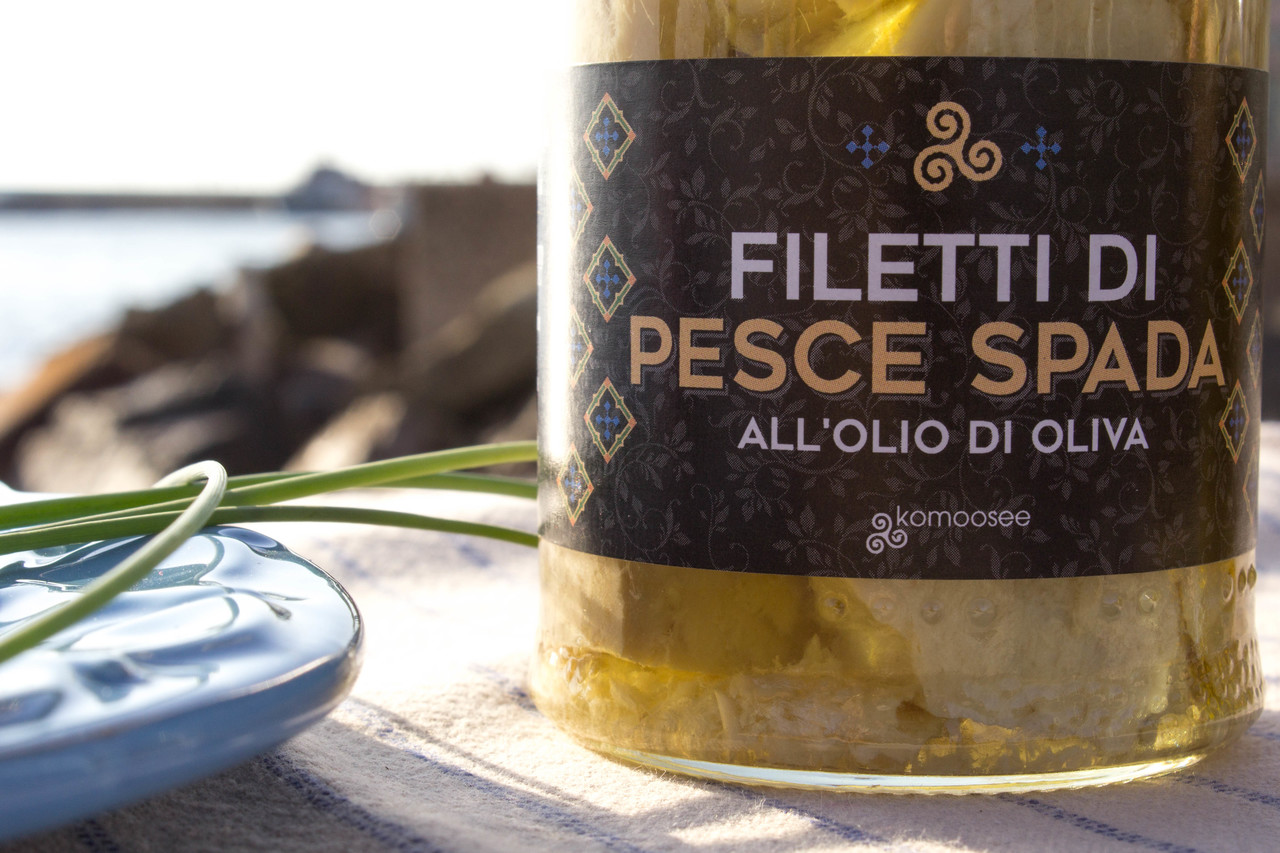Filetti di pescespada all'olio di oliva